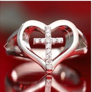 Silver heart ring with crystal cross New Gorgeous